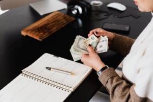 como ganhar dinheiro na internet pelo celular